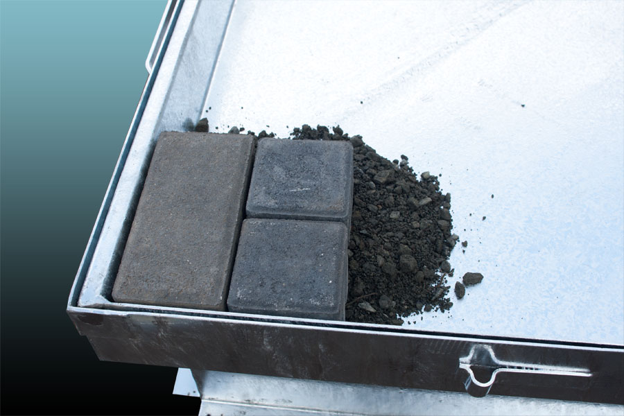 schachtdeckungen auspflasterbar oder verf llbar aus verzinktem stahl peter seidenfuss gmbh. Black Bedroom Furniture Sets. Home Design Ideas